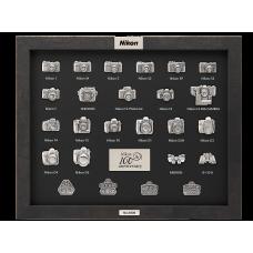 Юбилейная коллекция значков Nikon 100th Anniversary